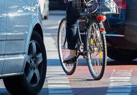 19-Jähriger übersieht Radfahrerin