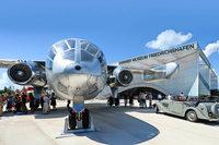 Lassen Sie sich entführen in die Welt der Luftfahrt im Dornier Museum und am Flughafen Friedrichshafen