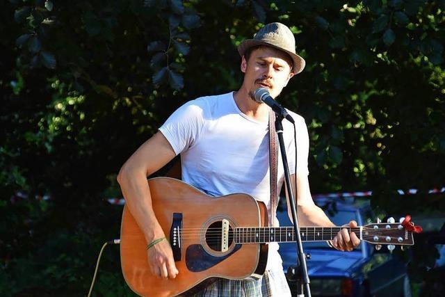 Das erste Singer-Songwriter-Festival in Schwand kommt gut an