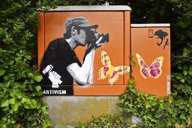 Warum eine Oma diesem Freiburger Künstler beim illegalen Besprayen eines Stromkasten half
