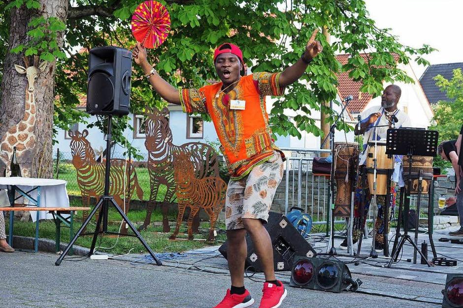 Ein buntes Fest waren die Afrikatage des Vereins Tukolere Wamu in Gallenweiler. (Foto: Jutta Geiger)