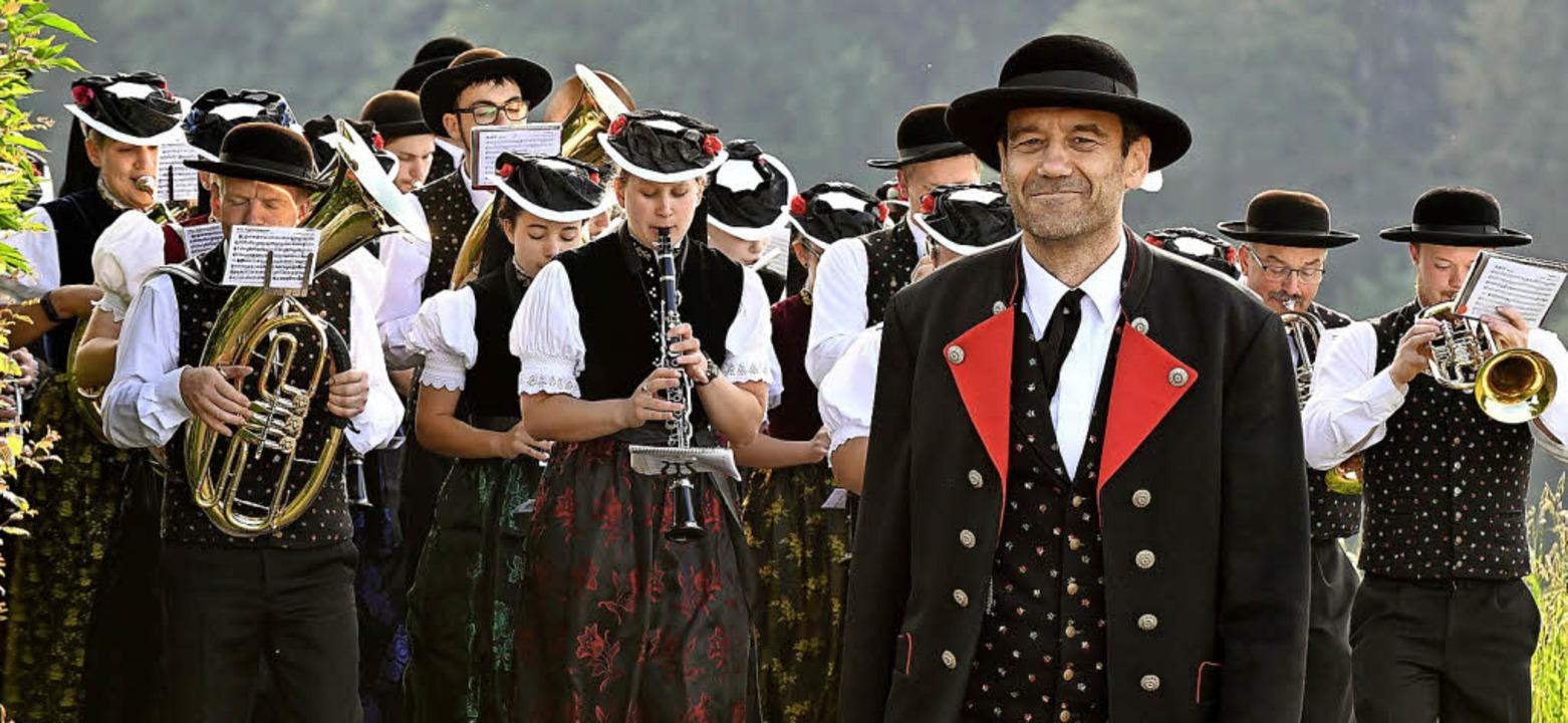 Die Musiker spielen zur vollsten Zufriedenheit ihres Chefs.  | Foto: Wolfgang Scheu