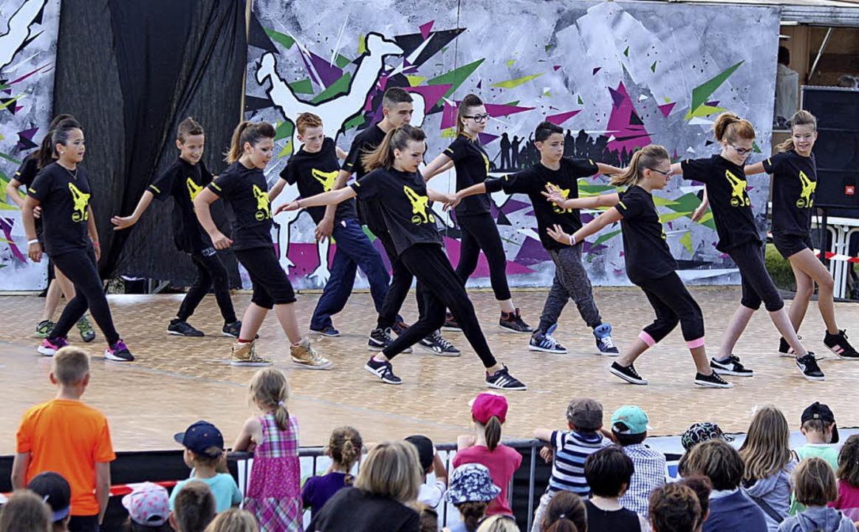 Grenzenloses Tanzvergnügen: Kinderinsel Breisach  | Foto: Jill Köppe