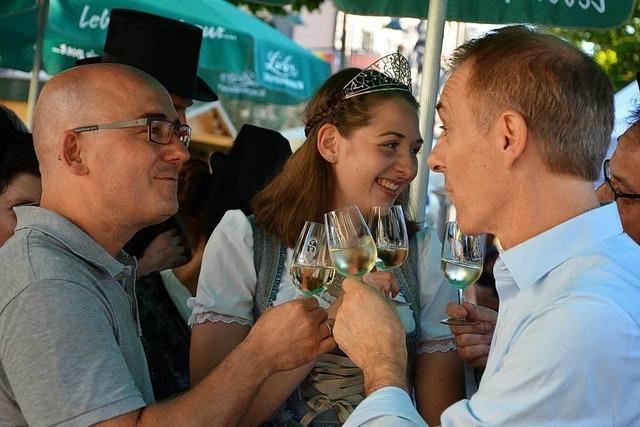 Das Lörracher Weindorf ist eröffnet