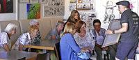 BZ-Leser besuchen Zeichner Harry