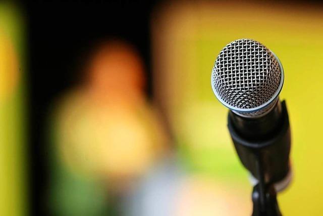 Am Dienstag kannst du beim Poetry Slam in Littenweiler selbst zum Slammer werden