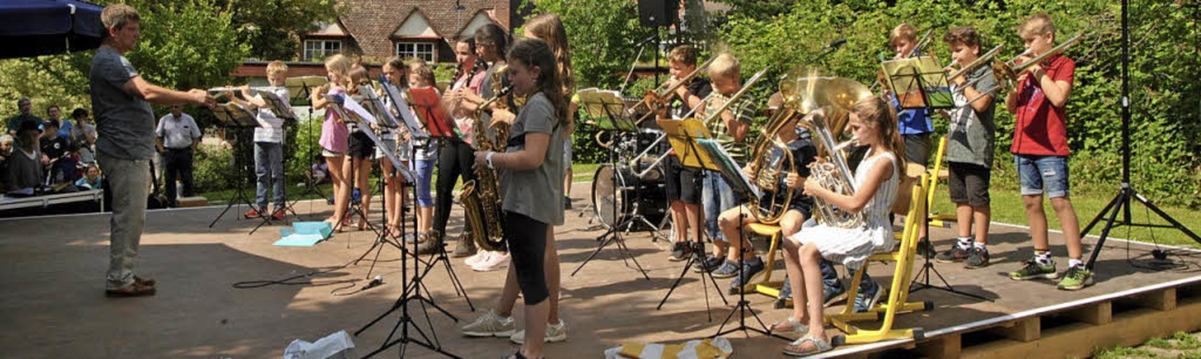 <BZ-FotoAnlauf>Jugendmusikschule Südli... Die Bläserklassen zeigten ihr Können.    Foto: F. Zimmermann