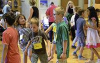 An drei Tagen hat sich eine Klasse der Schneeburggrundschule mit Heimbewohnern auf ein Generationekonzert vom SWR vorbereitet