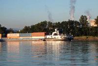 Containerschiff kracht mit Führerhaus in die Palmrainbrücke - Sperrung aufgehoben