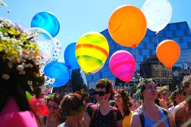 Fotos: 8000 Menschen feiern und demonstrieren beim CSD