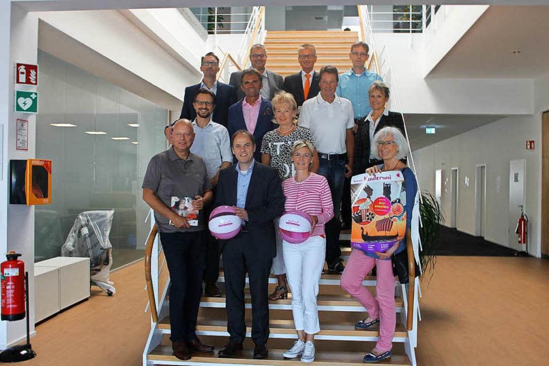 Das Organisations- und Sponsorenteam d... sich auf das kommende Wintersemester.  | Foto: Michelle Güntert