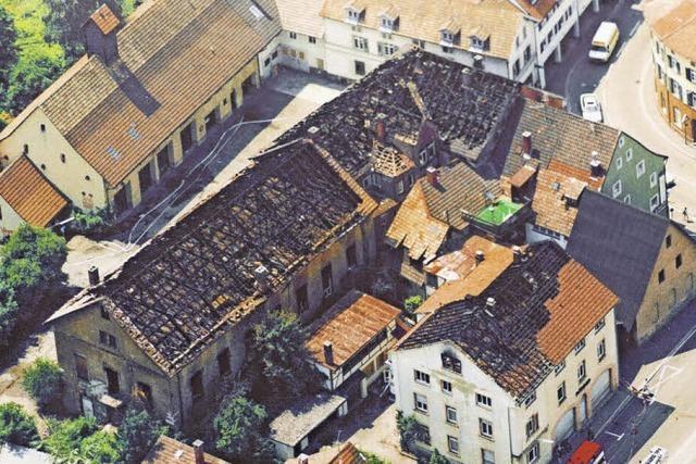 Als vor 25 Jahren das Pflugareal in Schopfheim in Flammen stand