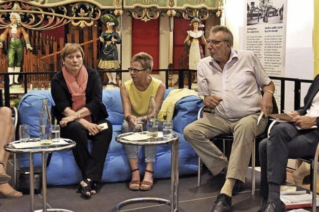 Verhältnis von Kommune und Familie