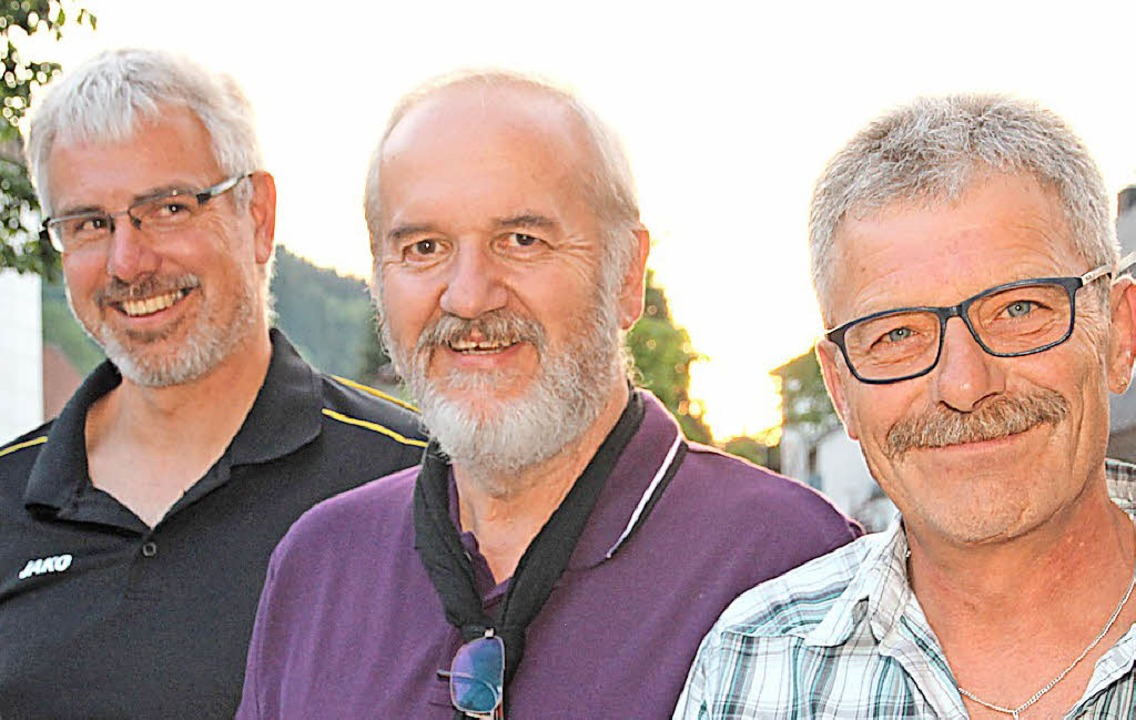 Christian Schwär ist neuer stellvertre...e (Mitte) ist seit 50 Jahren beim HSV.    Foto: Eva Korinth