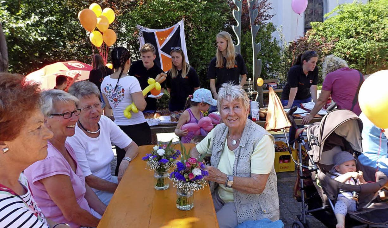 Das einjährige Bestehen des Dorfladens wurde gefeiert.   | Foto: Johanna Högg