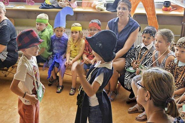 Kindergarten in der Schule stellt sich vor
