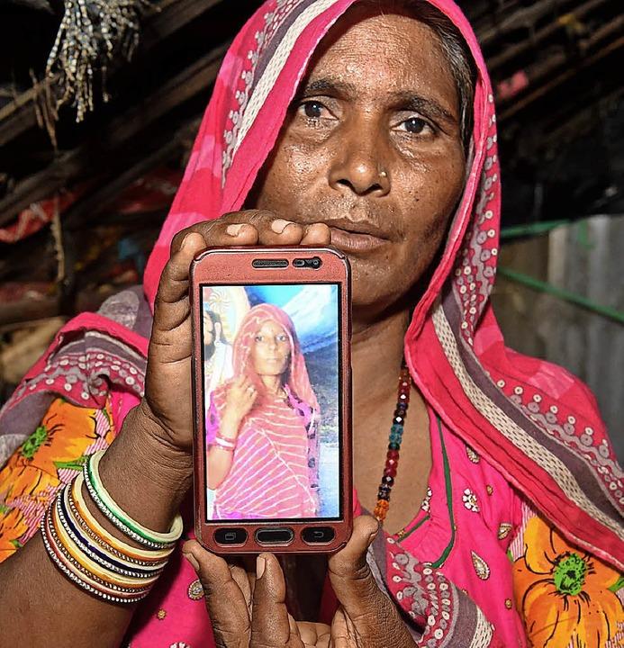Mohinidevi Naths Cousine Shantadevi wu...laubte, sie wolle ein Kind entführen.   | Foto: AFP