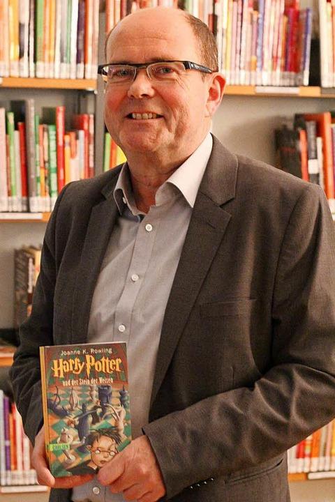 Klaus Fritz hat die Potter-Bücher übersetzt.  | Foto: Judith Reinbold