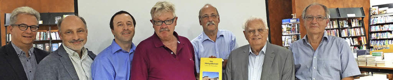 Die Herausgeber und Autoren des neuen ...nnat, Erhard Richter und Axel Hüttner   | Foto: Martina David-Wenk