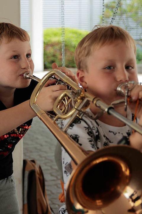 Kleine Musiker ganz groß.  | Foto: Anna Uhlmann