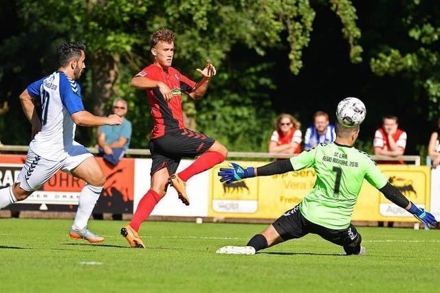 Showtime bei Hitze: SC Freiburg gewinnt 8:2 gegen SC Lahr