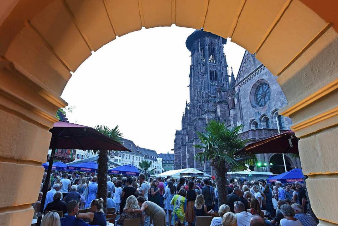 Der Veranstalter des Weinfestes, der s...r FWTM,  spricht von einem Rekordjahr.  | Foto: Rita Eggstein