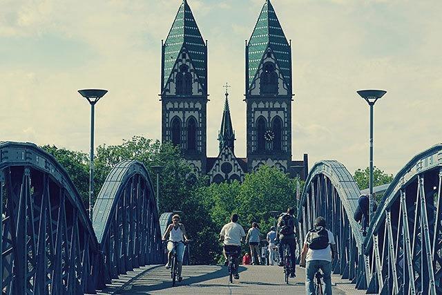 In diesen Filmen, Songs oder Büchern geht es um Freiburg