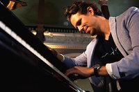 Klavierklänge unter Sternen: Genießen Sie ein Konzert des Pianisten Martin Herzberg im Stuttgarter Planetarium!