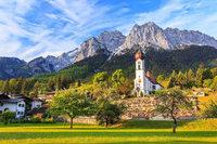 Erleben Sie ein Dinner auf der Zugspitze bei einer dreitägigen Reise in die Bayerischen Alpen!