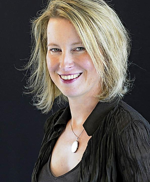 Sabine Dietrich äußert sich über das K...den Kinder- und Jugendschutz  regelt.   | Foto: Stadtbibliothek