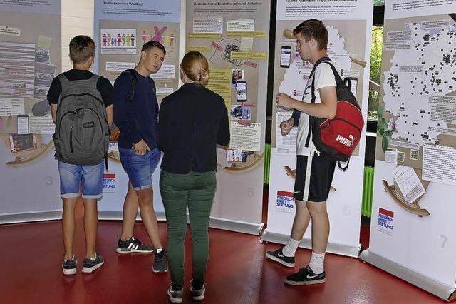 Schüler klären Mitschüler auf