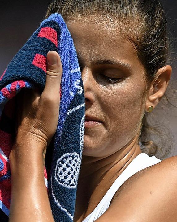 Ohne Chance gegen Serena Williams: Julia Görges   | Foto: afp