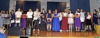Absolventen der Hebelschule feiern ihre Abschlüsse
