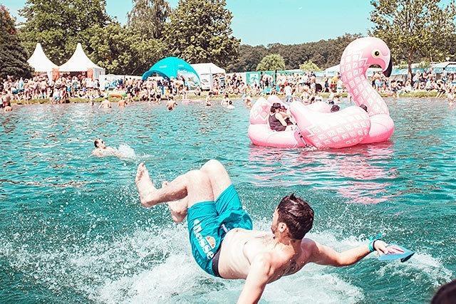 Fotos: Planschen und Party machen beim Sea You Festival