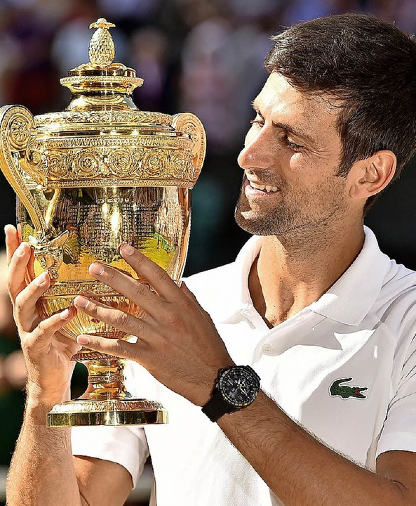 Novak Djokovic  mit Pokal   | Foto: AFP