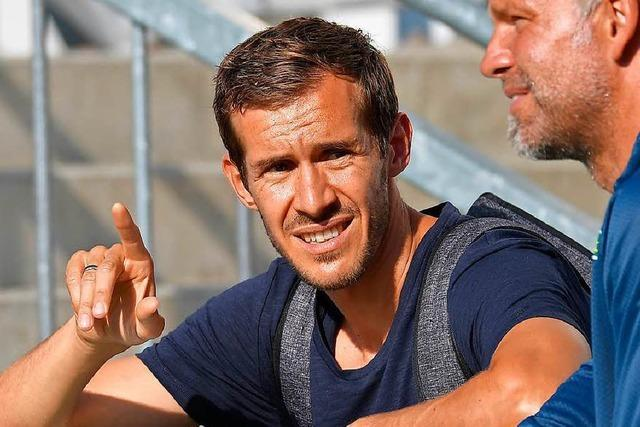 Julian Schuster: Der Ex-Kapitän soll beim SC Freiburg Brücken bauen