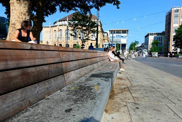 Müll überall: Jeden Montag Großputz auf dem Synagogenplatz