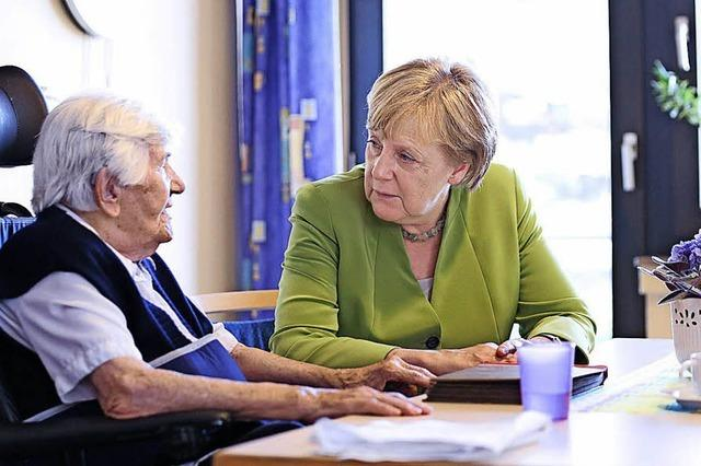 Merkel will Pflegesystem neu ordnen