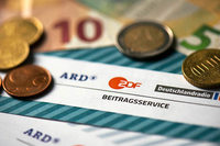Urteil in Karlsruhe: Rundfunkbeitrag ist grundsätzlich verfassungsgemäß
