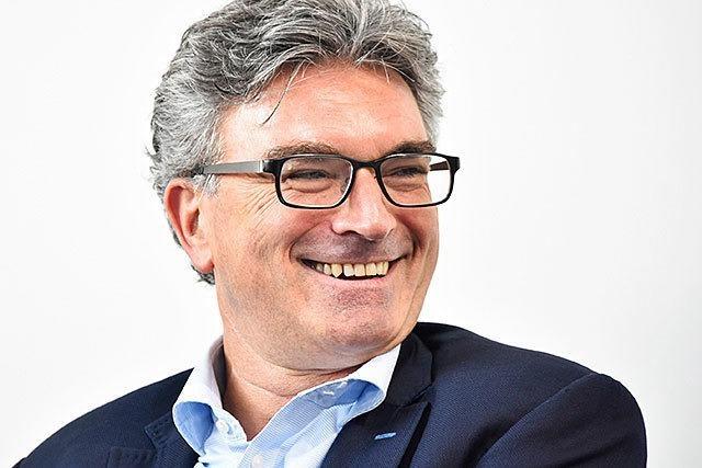 Warum steht Dieter Salomon noch als OB im ZMF-Programm?