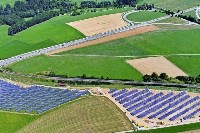 Solarpark steht vor der Vollendung