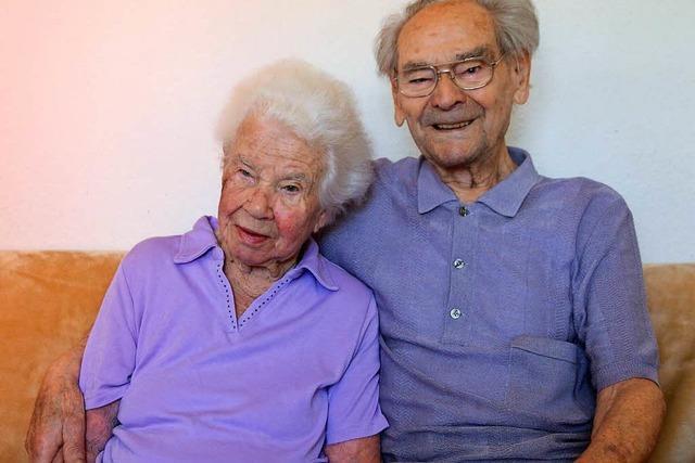 Dieses Ehepaar aus Offenburg feiert Kronjuwelenhochzeit