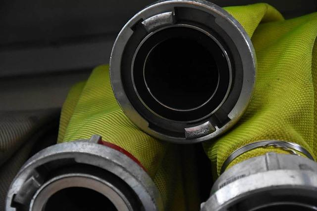 Sperrmüllhaufen gerät in Wieladingen in Brand