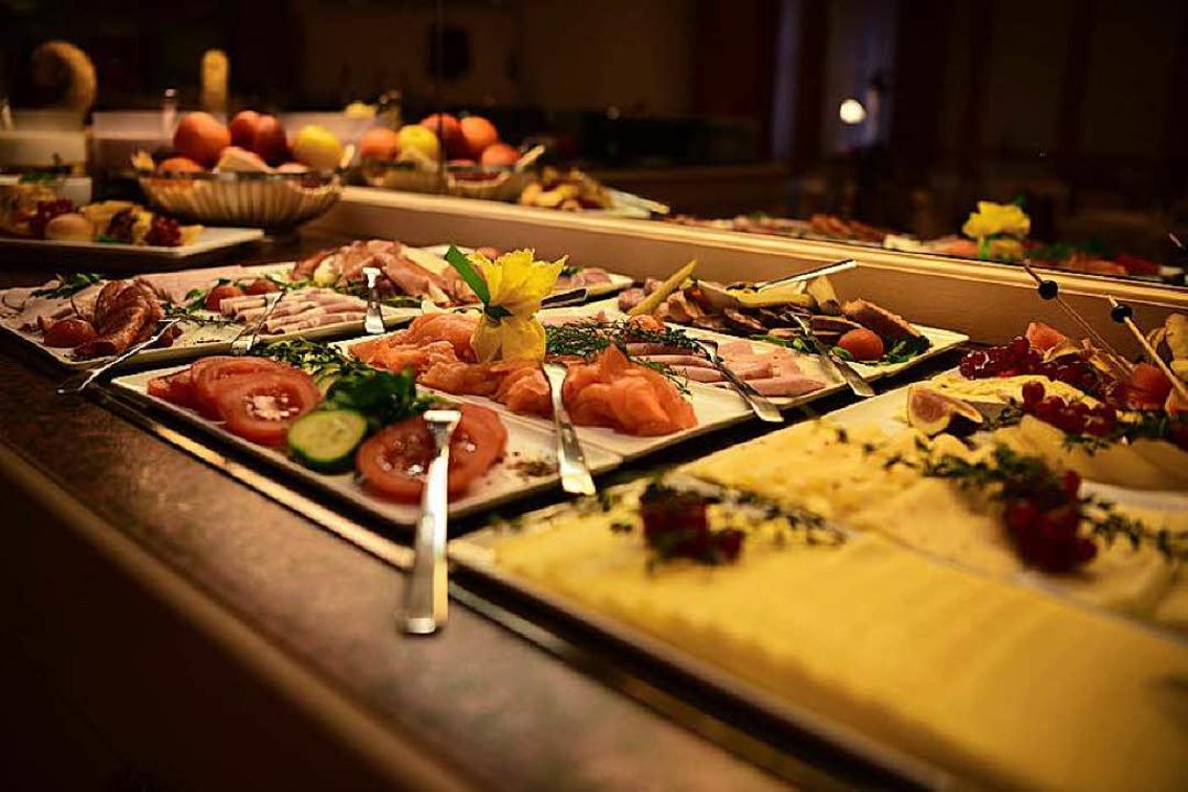 Nur zum Verzehr im Restaurant vorgesehen: das Essen beim Frühstücksbuffet.  | Foto: SchwarzfischerMiriam (Fotolia.com)