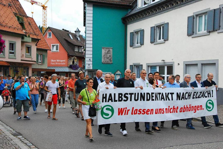 Demo für Halbstundentakt nach Elzach  | Foto: Dorothea Scherle