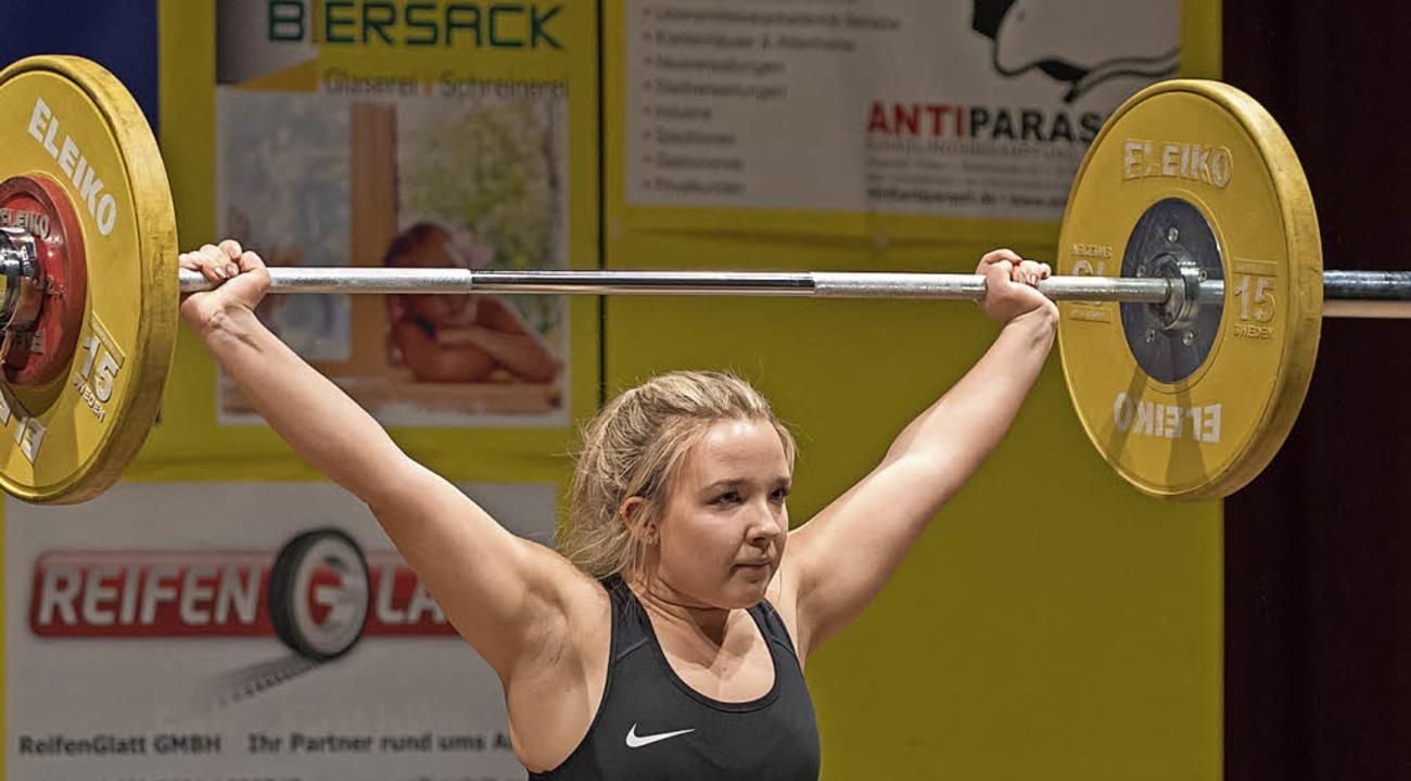 <BZ-FotoAnlauf>Gewichtheben:</BZ-FotoA...) bei den Juniorinnen zum Landestitel.  | Foto: Markus Schächtele