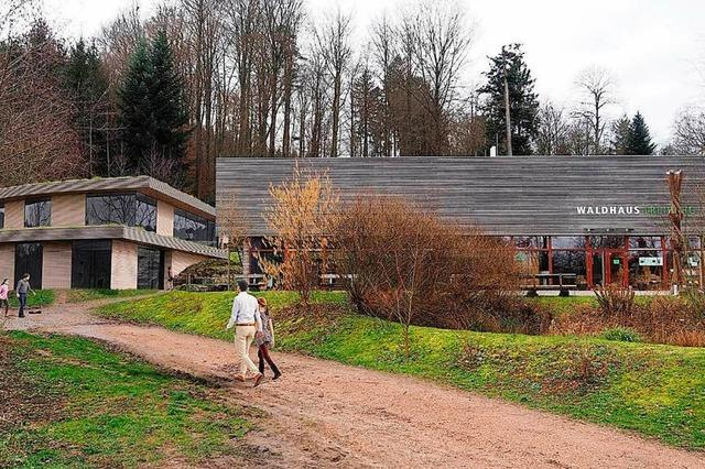 Das Freiburger Forstamt zieht neben das Waldhaus