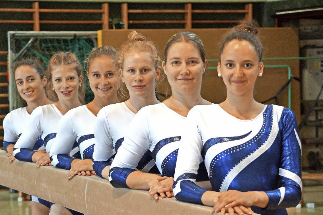 Stolz auf ihre Leistungen beim Relegat...Trainerin Hanna Haas und Anna Faller.   | Foto: burchartz