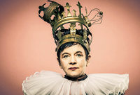 """Kabarettprogramm """"Queens"""" von Bea Malchus in der Pfarrscheuer in Luttingen im Rahmen der Laufenburger Kulturtage. Am 28. Juli um 20 Uhr"""