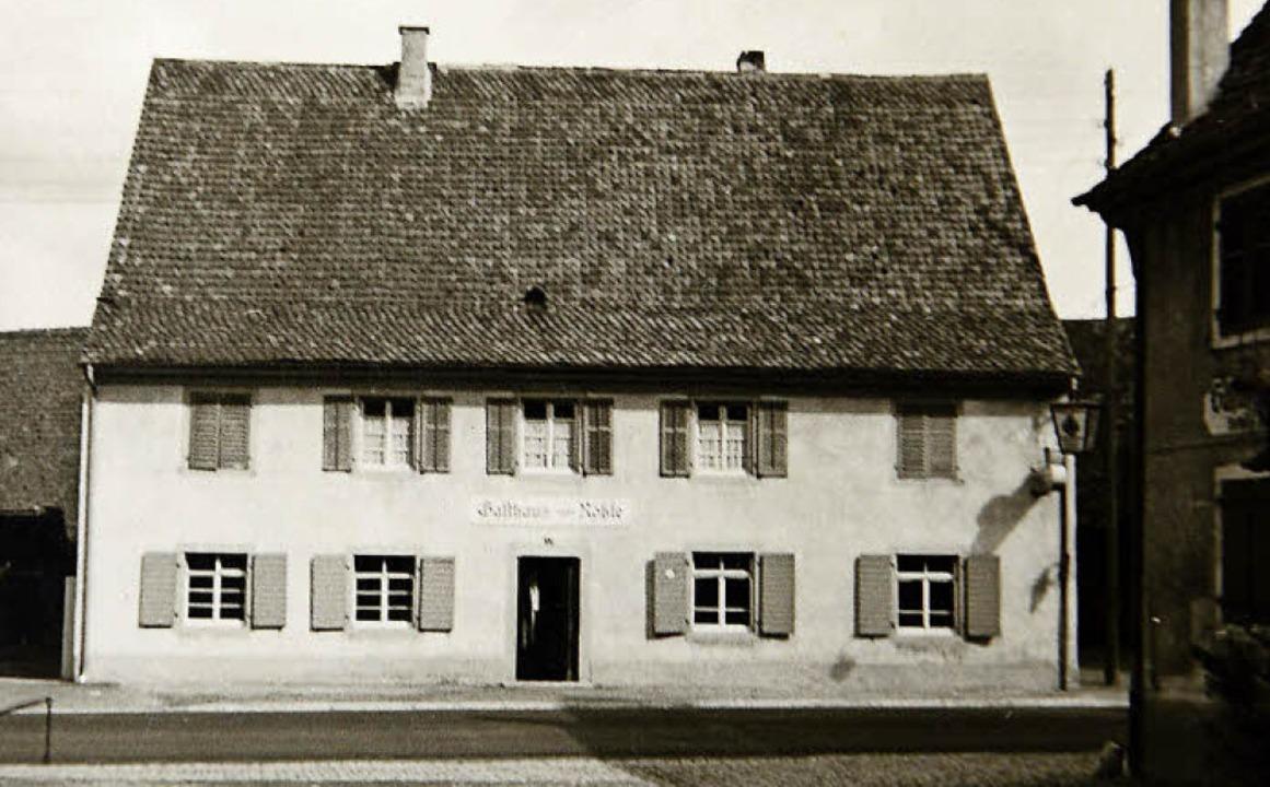 Wie das Rössle früher aussah, zeigt di...en Wohnhauses erinnert an ein Gesicht.  | Foto: Repro: Ingo Schneider